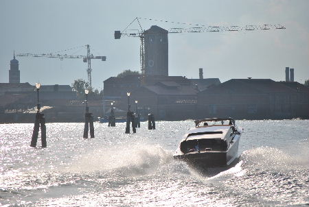 taxi-Venezia[1]